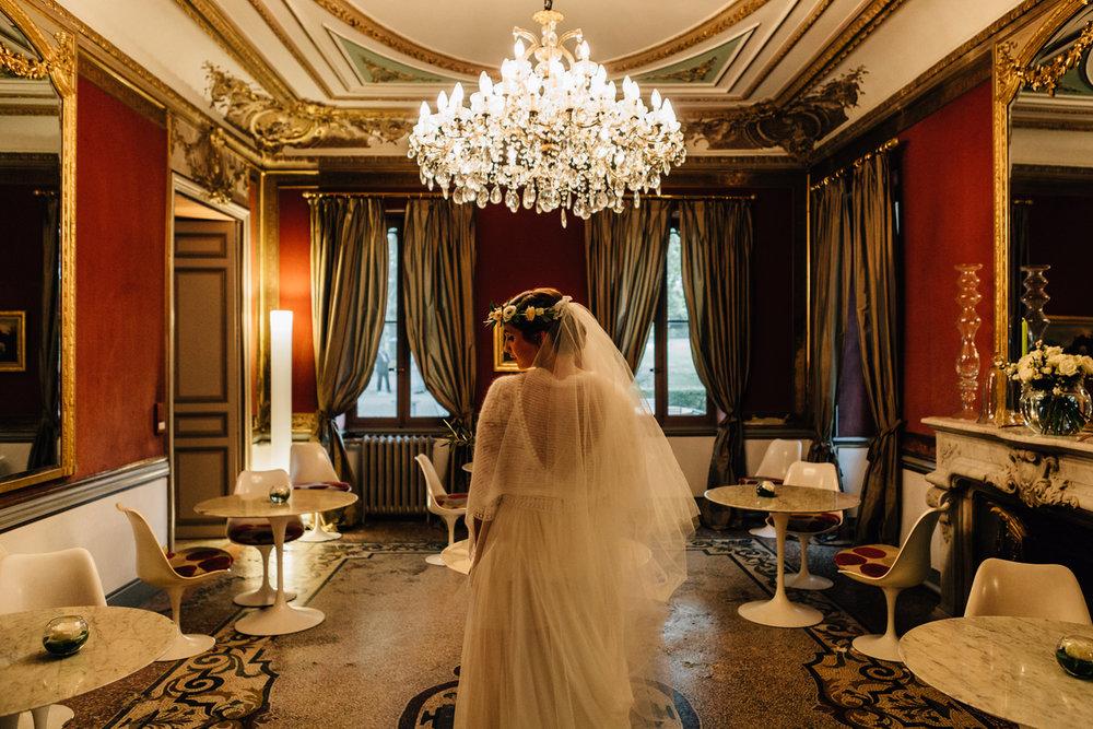 Wedding dress + france