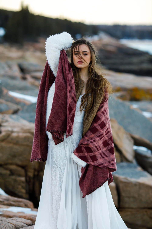 Boho+elopement+vinterbröllop+brudklänning