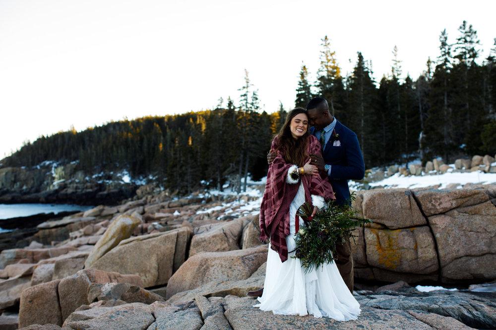 Boho+elopement+vinterbröllop+klädsel+brudbukett