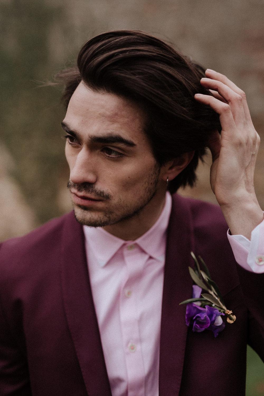 bröllop+rustikt+brudgum+kostym