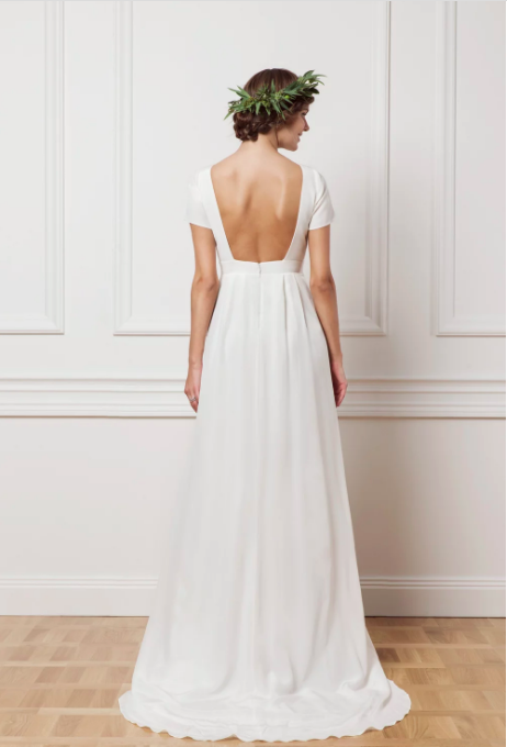 Wedding dress with an open back , By Malina