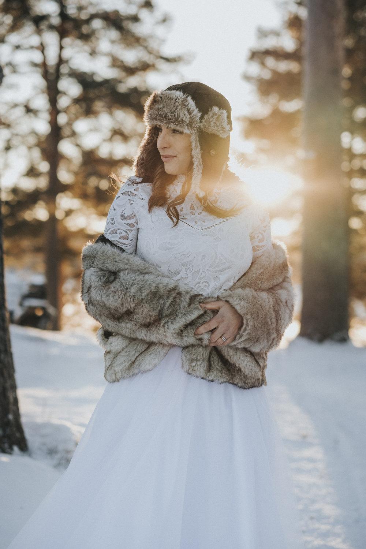 Fotograf Jonas Burman Ellen Marie Bridal White Tulle Skirt