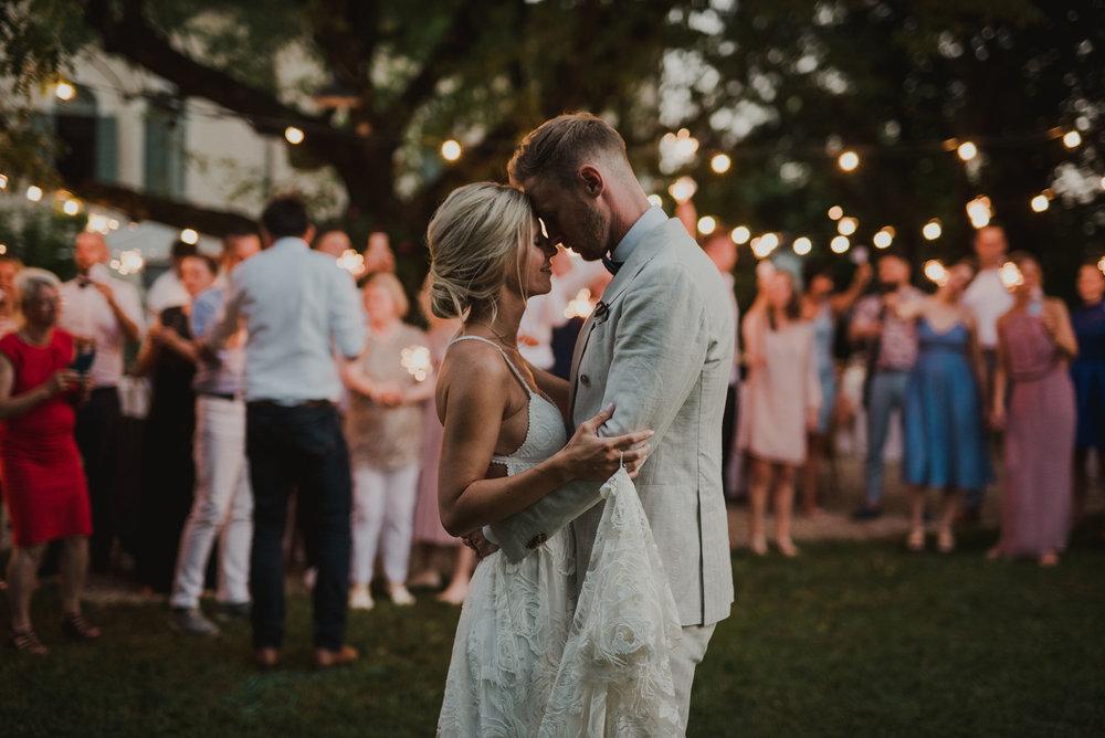 e4a5bf026861 Romantiskt Och Lantligt Bröllop I Italien: Martin + Sarah