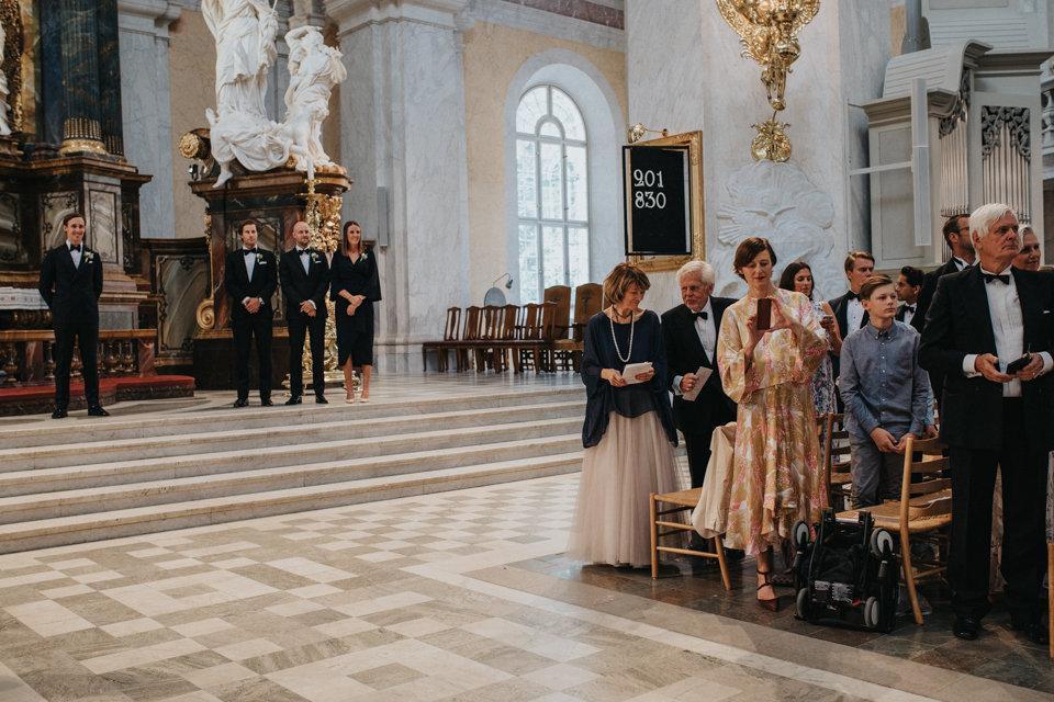 Kyrklig vigsel bröllop