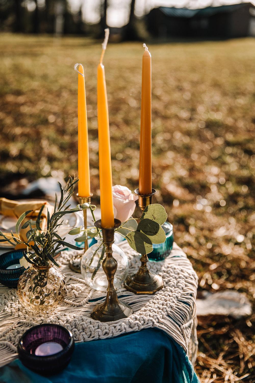 Gula dekorationer bröllop