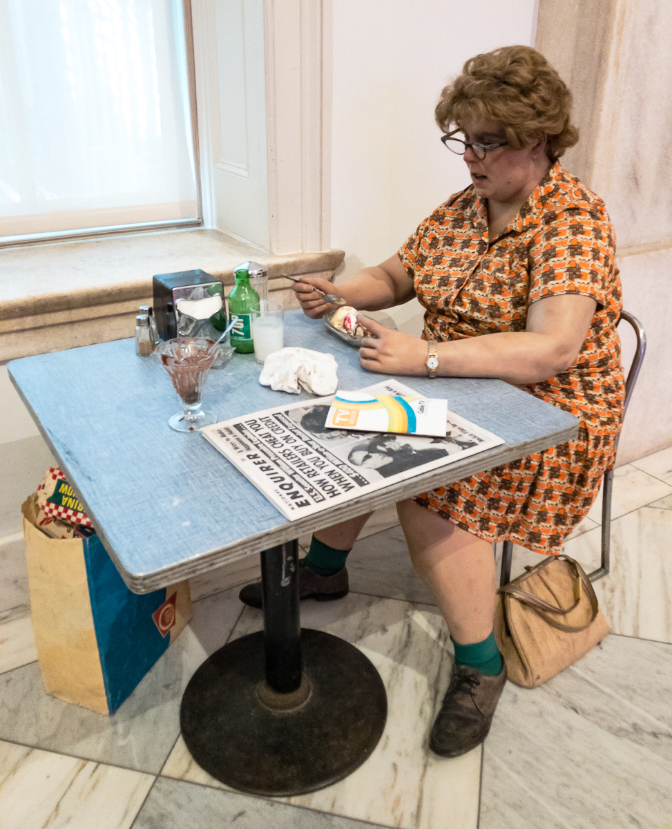 Duane Hanson's  Woman Eating  at the Smithsonian American Art Museum