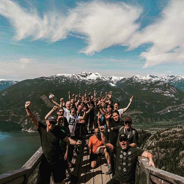 #tbt 'REWILDING' 125 men at the top of a mountain for Brew Summit. We had @axewoodcrew axe throwing, @tmbrft leading a cross cut saw activity, @jianpablico of @thedistrikt killin' these dudes with a crazy workout, and pictured here @brent_seal of @mavrixxcrew who lead them through a brisk jog.  All in 30 degree heat. Activate the body, Elevate the mind, stoke the soul. This is Wellmen. #adventurewithin #brotherhood #stokeyoursoul #menshealth #timberfit #axewoodcrew #wellmen #brewsummit