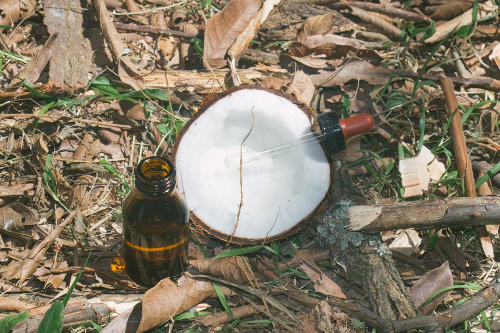 oleo de coco e tea tree
