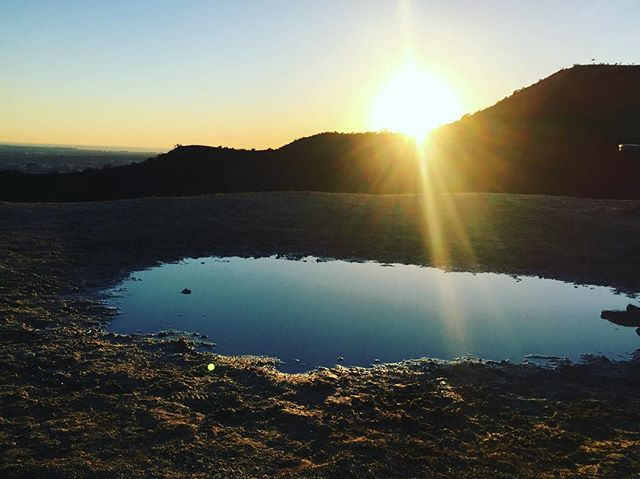 #losangelescalifornia #sunset #mountains #nature #sun #lake #california