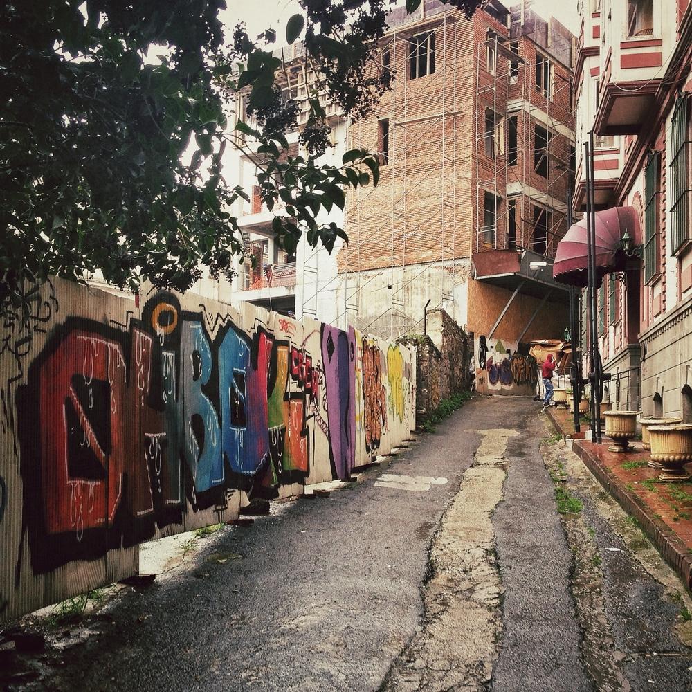 beyoglu-street-art.jpg