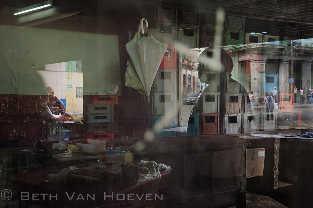© Beth Van Hoeven-student- Cuba-201405.jpg