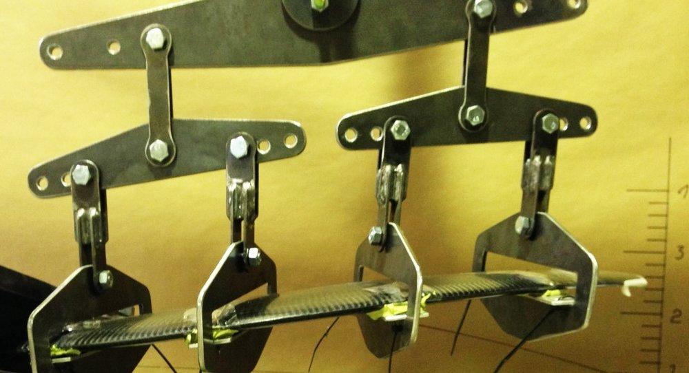 Stress testing MAKO carbon fibre blades