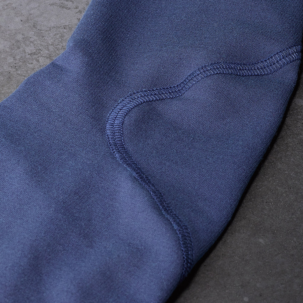 Merino-Blend-Cycling-Arm-Warmer-Blue-Detail.jpg
