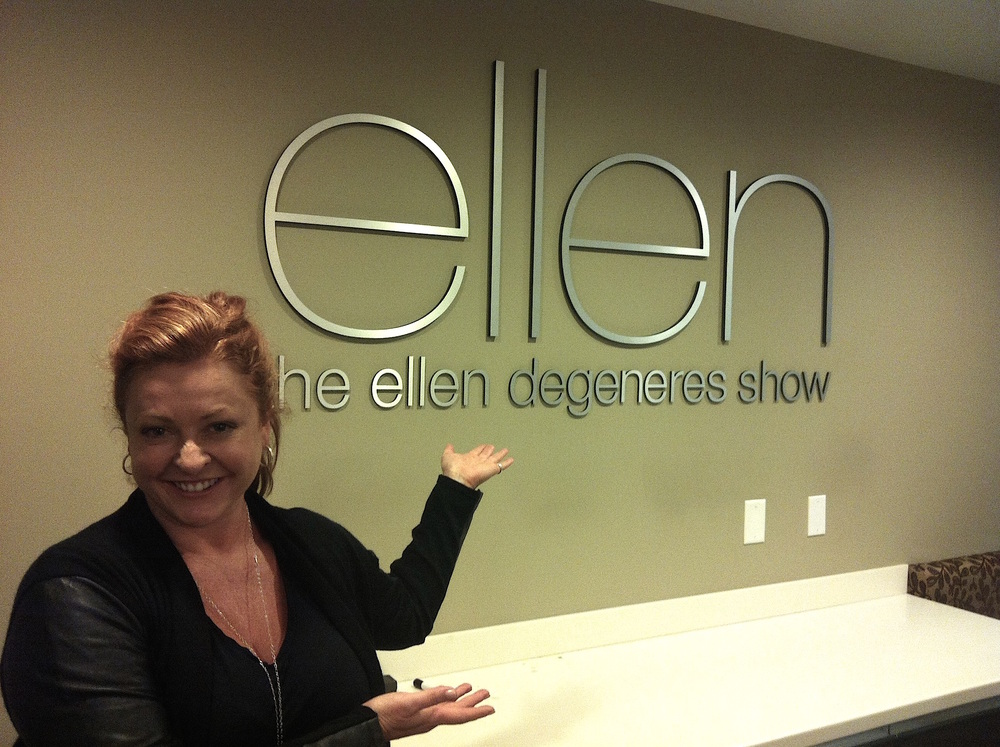 SHELLEY VISITING THE ELLEN SET.