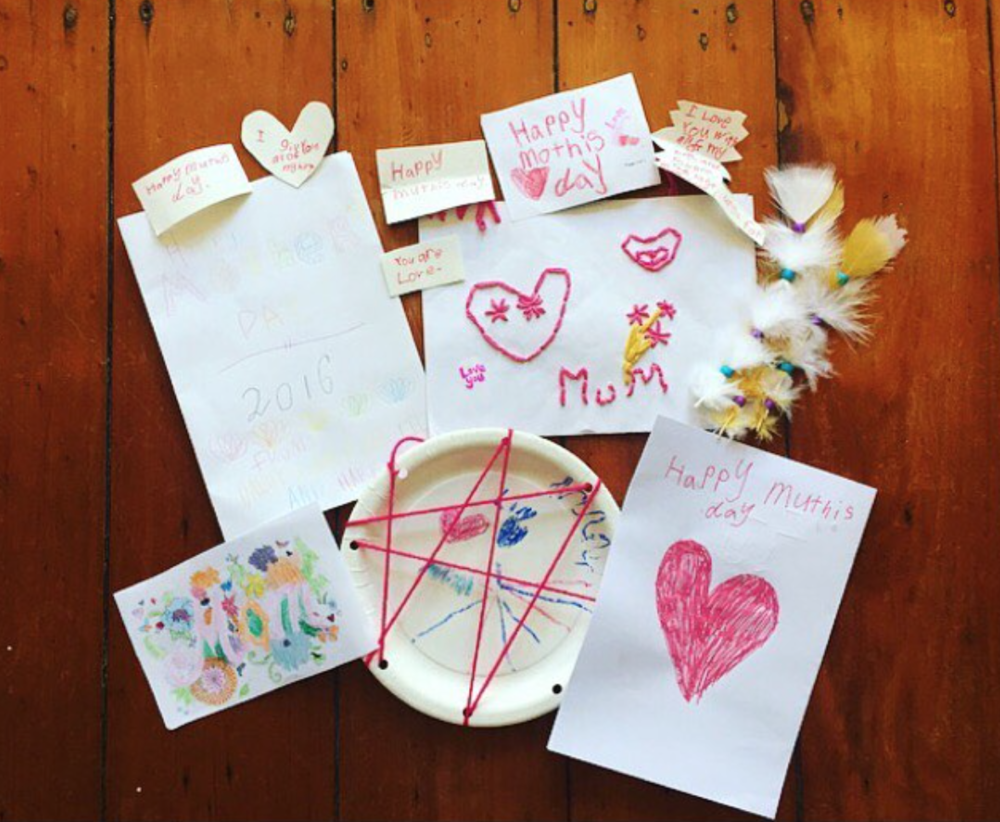 Hand made Mothers day cards from Sammy's three children.... Image via @SammyFletcher87