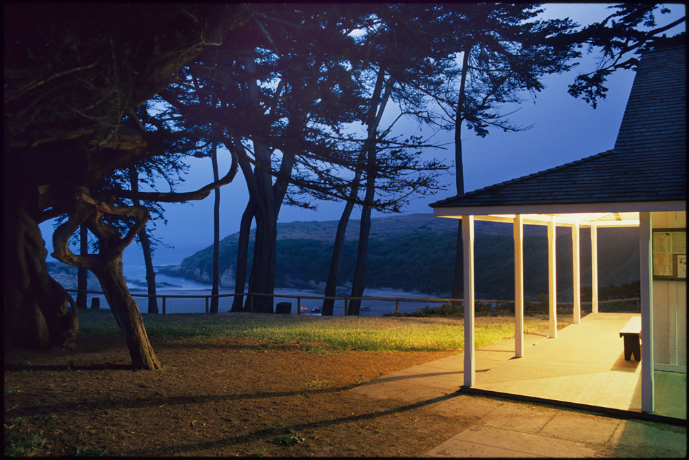 192-00841-04-Park-Night-Light-4-1000px-Wide.jpg