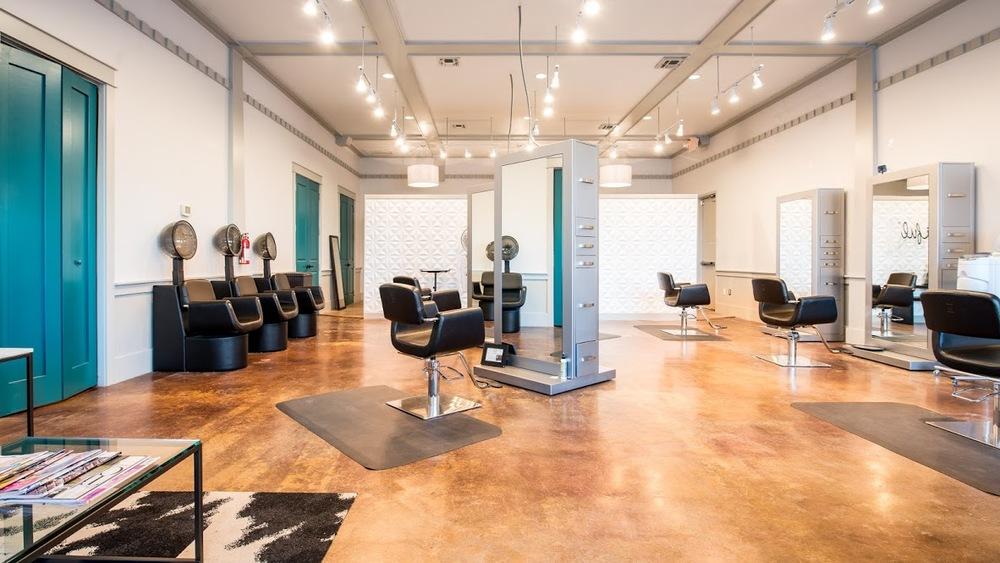 Huetiful Salon Dallas/Fort Worth  Orginal photo from HuetifulSalon.com