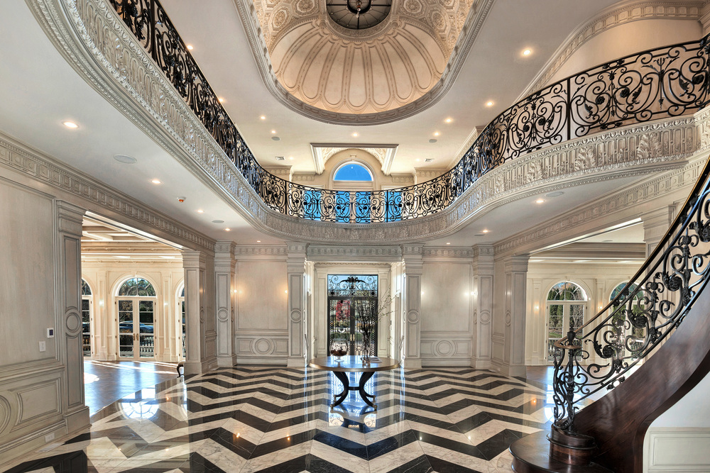 Foyer facing grand entry