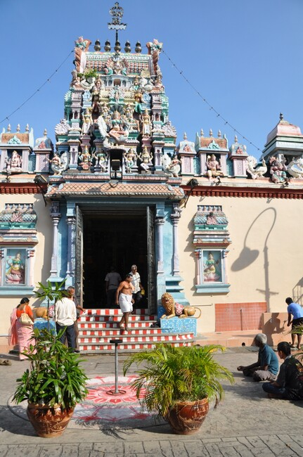 chinatiger_sri-mariamman-temple.jpg
