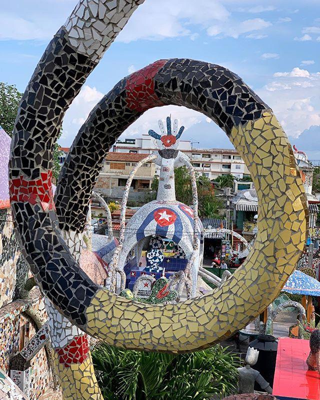 A visit to #Fusterlandia, the pride of #Jaimanitas. #josefuster#artecubano#art#mosaic#gaudi