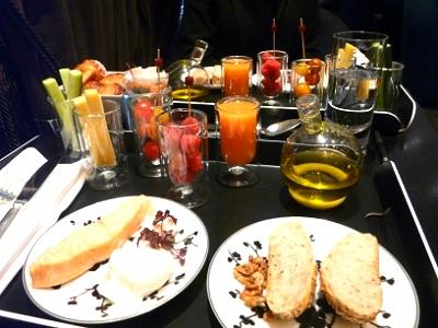 hyatt-breakfast-loudstory