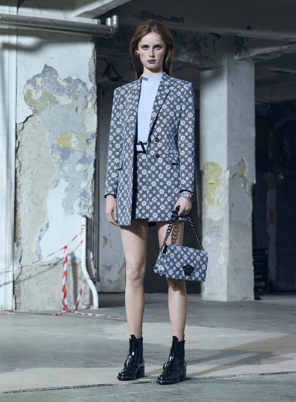 Versace Pre-Fall 16 Women's Look 29.jpg