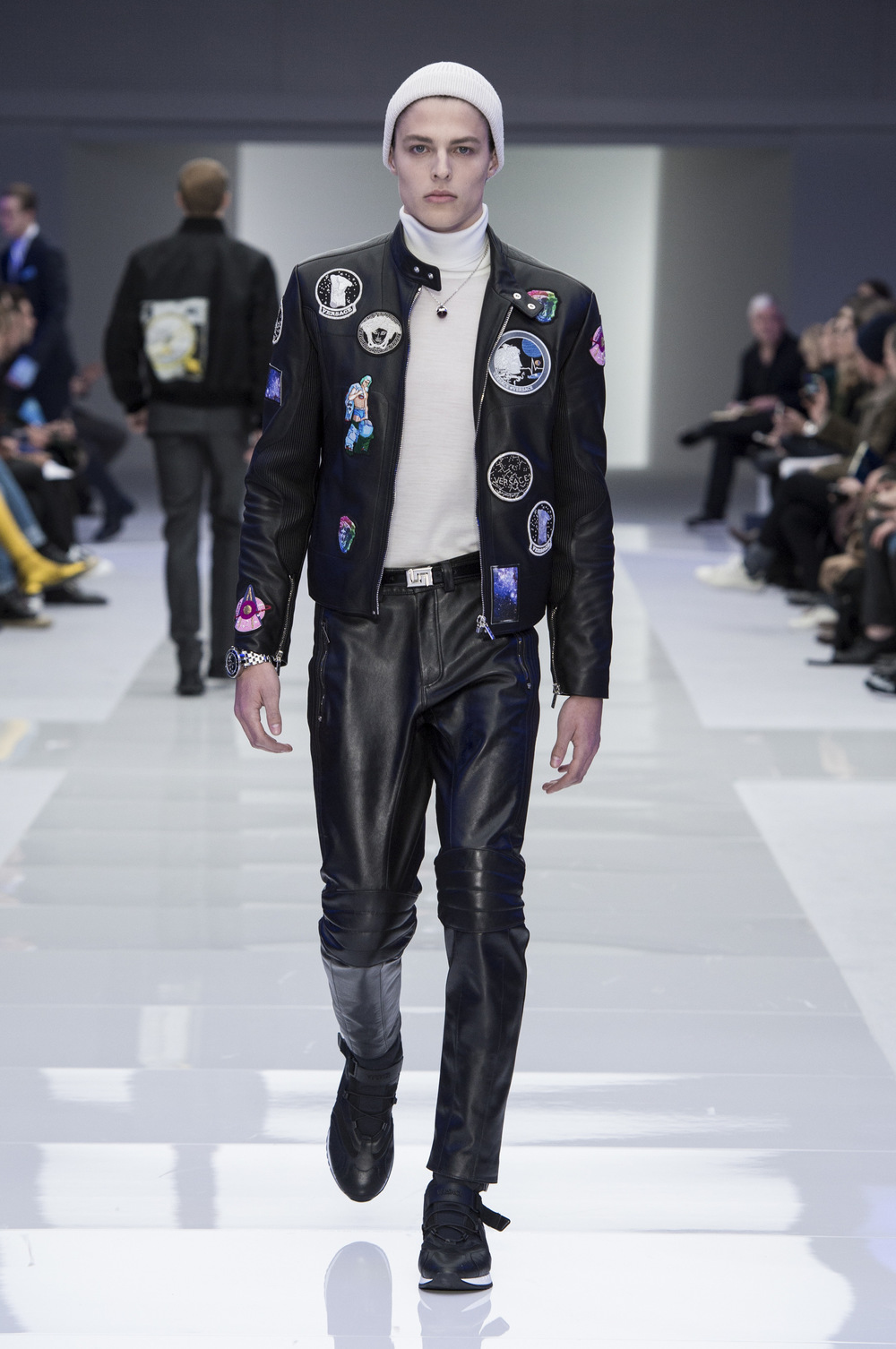 Versace Men's FW16 at Milan Fashion Week