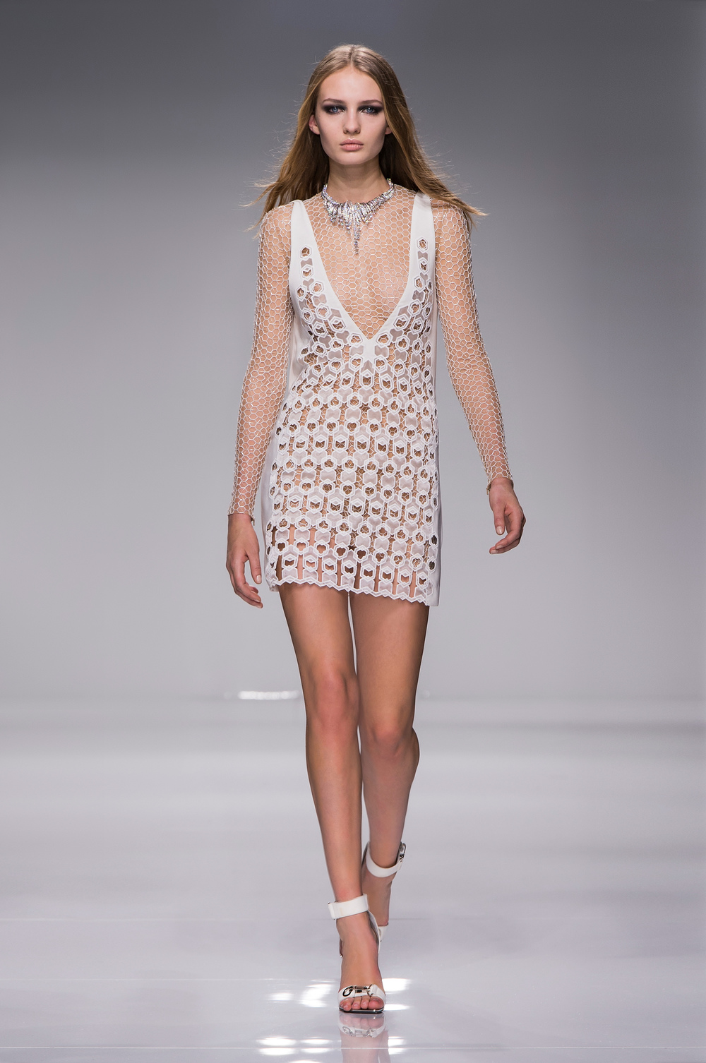 Atelier Versace SS16_Look 6.JPG