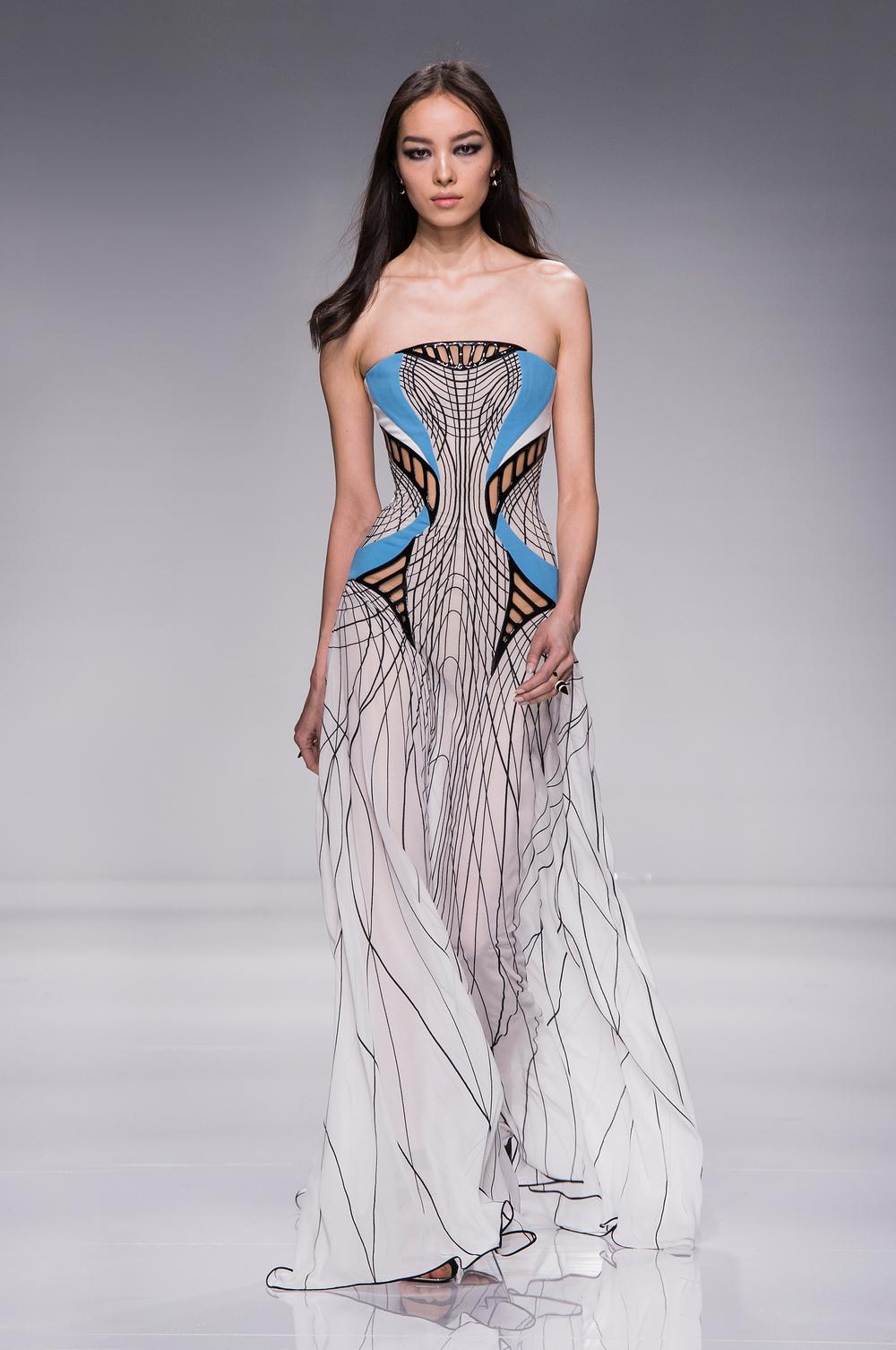 Atelier Versace SS16_Look 16.JPG