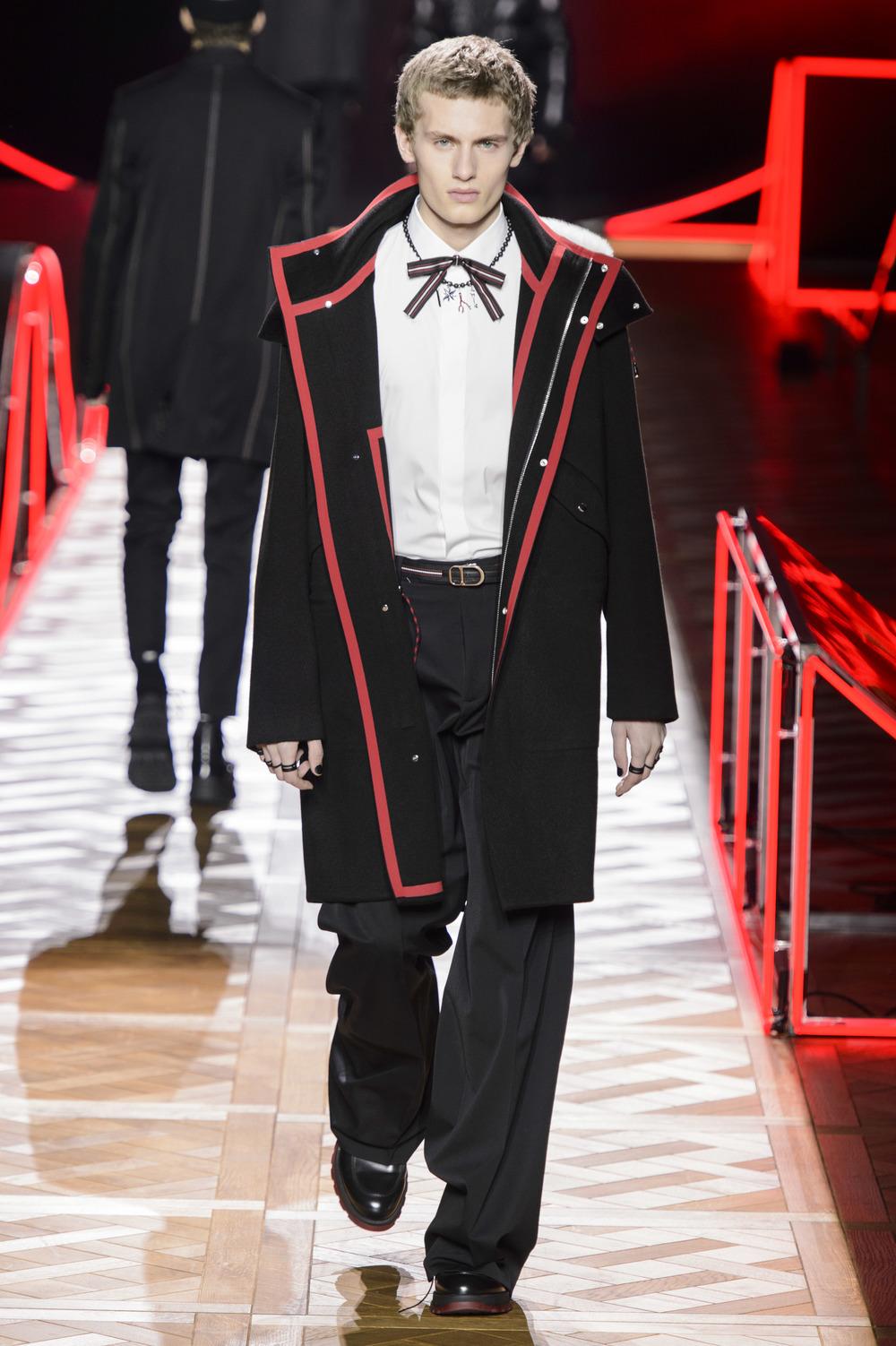 Dior_Homme_Hiver2016-17_look_09.JPG