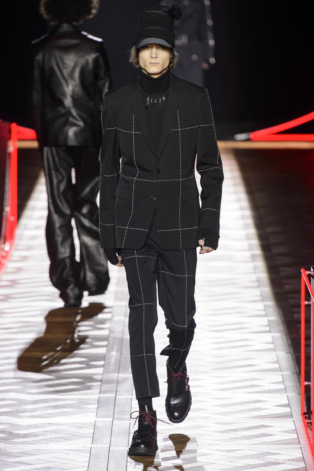 Dior_Homme_Hiver2016-17_look_22.JPG