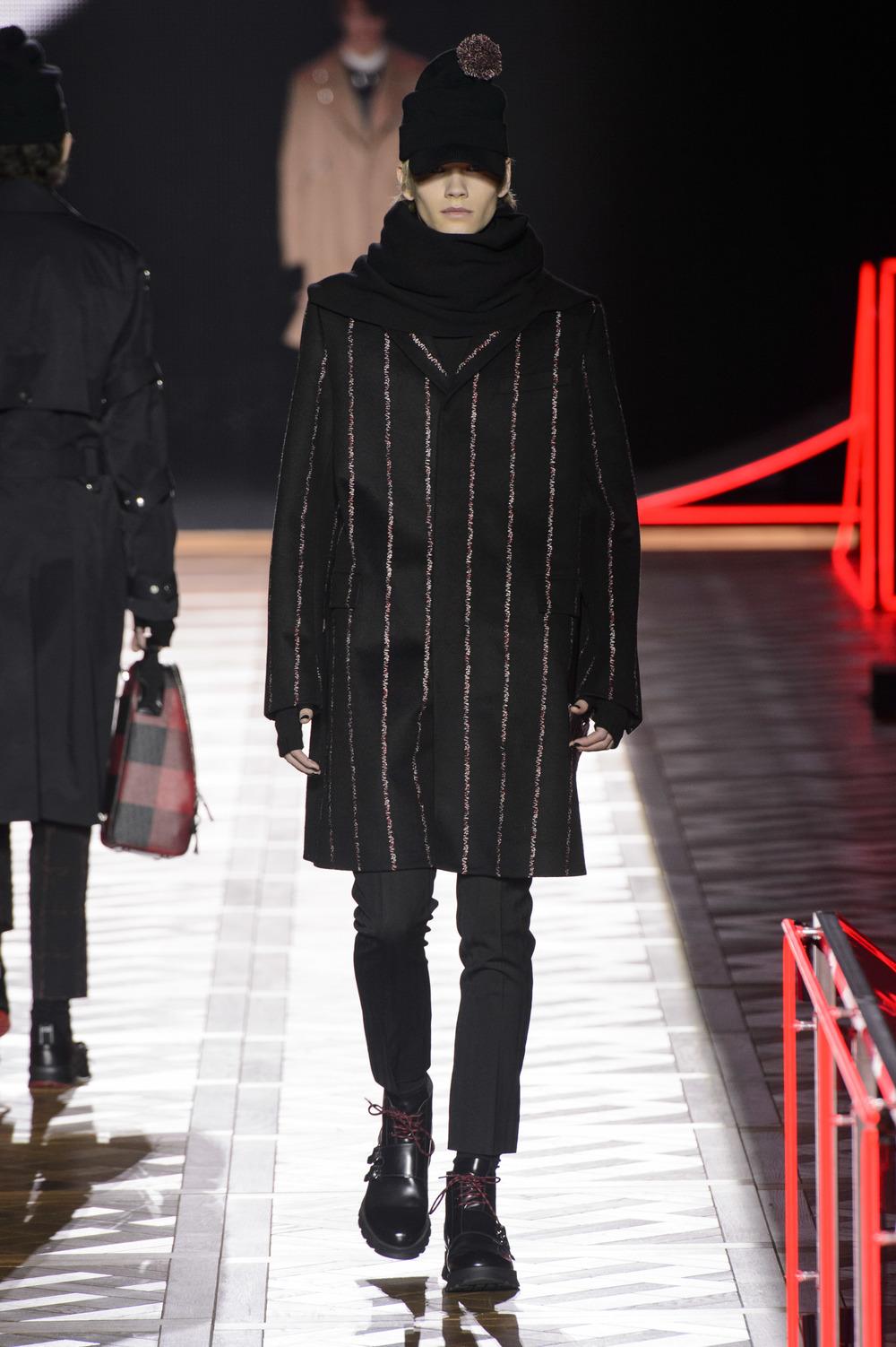 Dior_Homme_Hiver2016-17_look_29.JPG