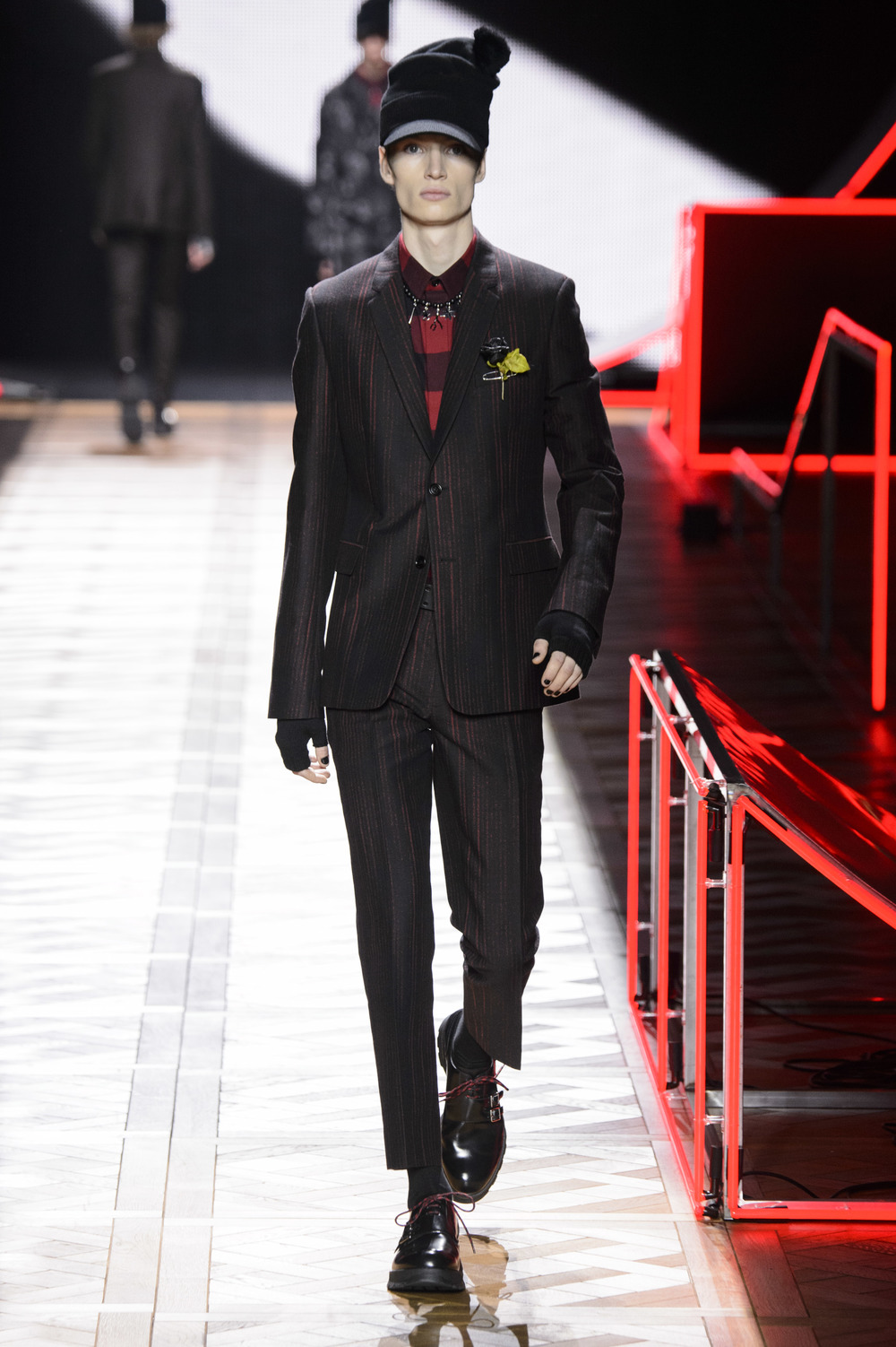 Dior_Homme_Hiver2016-17_look_40.JPG