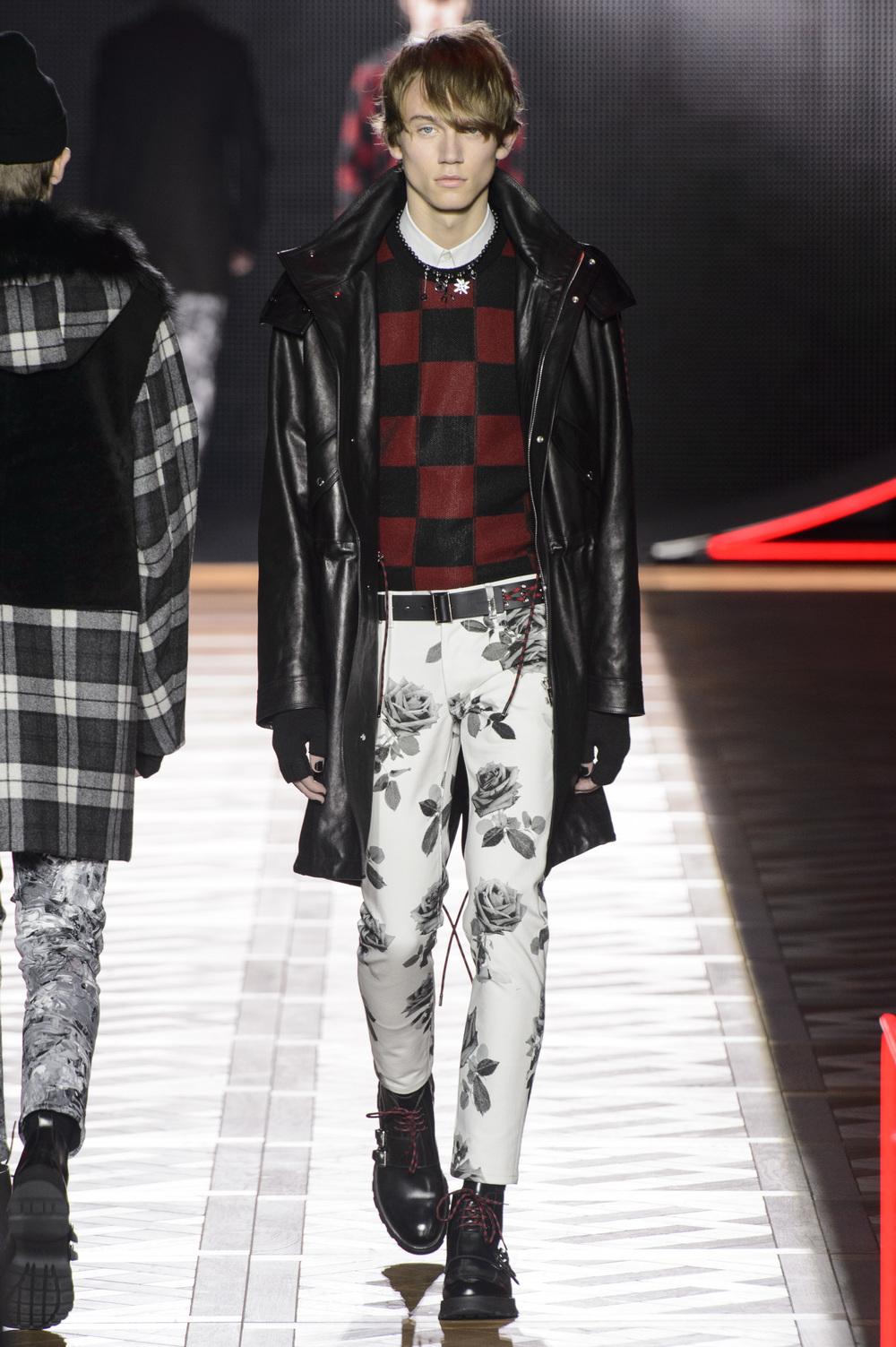 Dior_Homme_Hiver2016-17_look_43.JPG