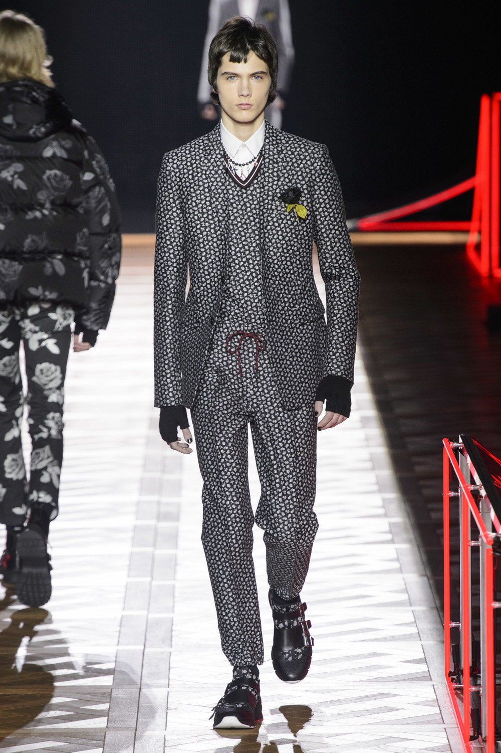 Dior_Homme_Hiver2016-17_look_48.JPG