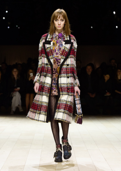 Burberry Womenswear February 2016 Collection - Look 20.jpg
