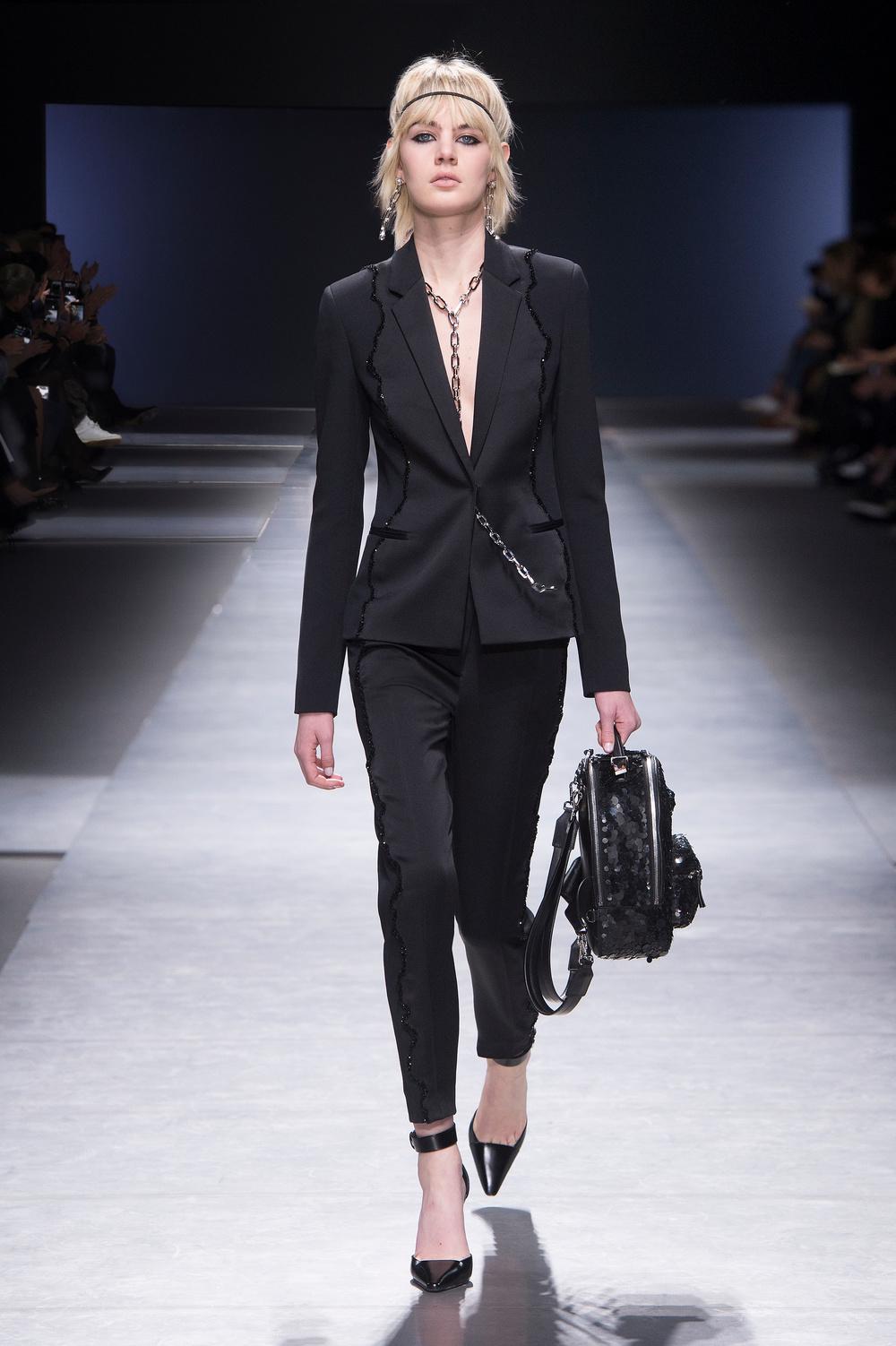 Versace_Women_FW16_056.JPG