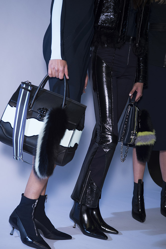 AW16-Versace-047.jpg