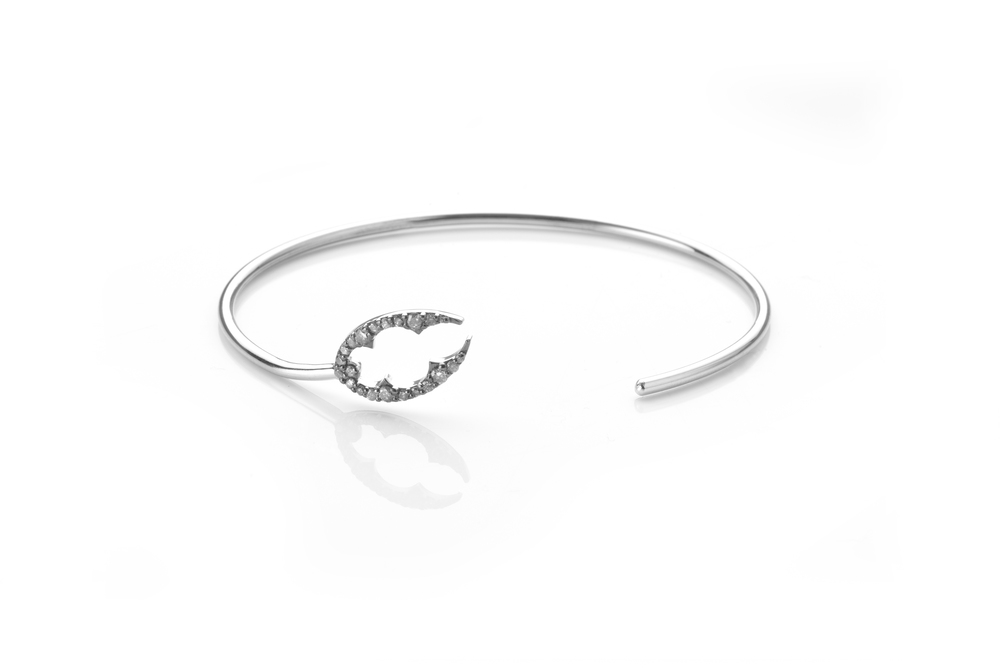 Alexia Jordan Lobster Claw Bracelet 18K White Gold and 0.27ct Grey Diamonds £1,325 www.alexiajordanjewelelry.com.jpg