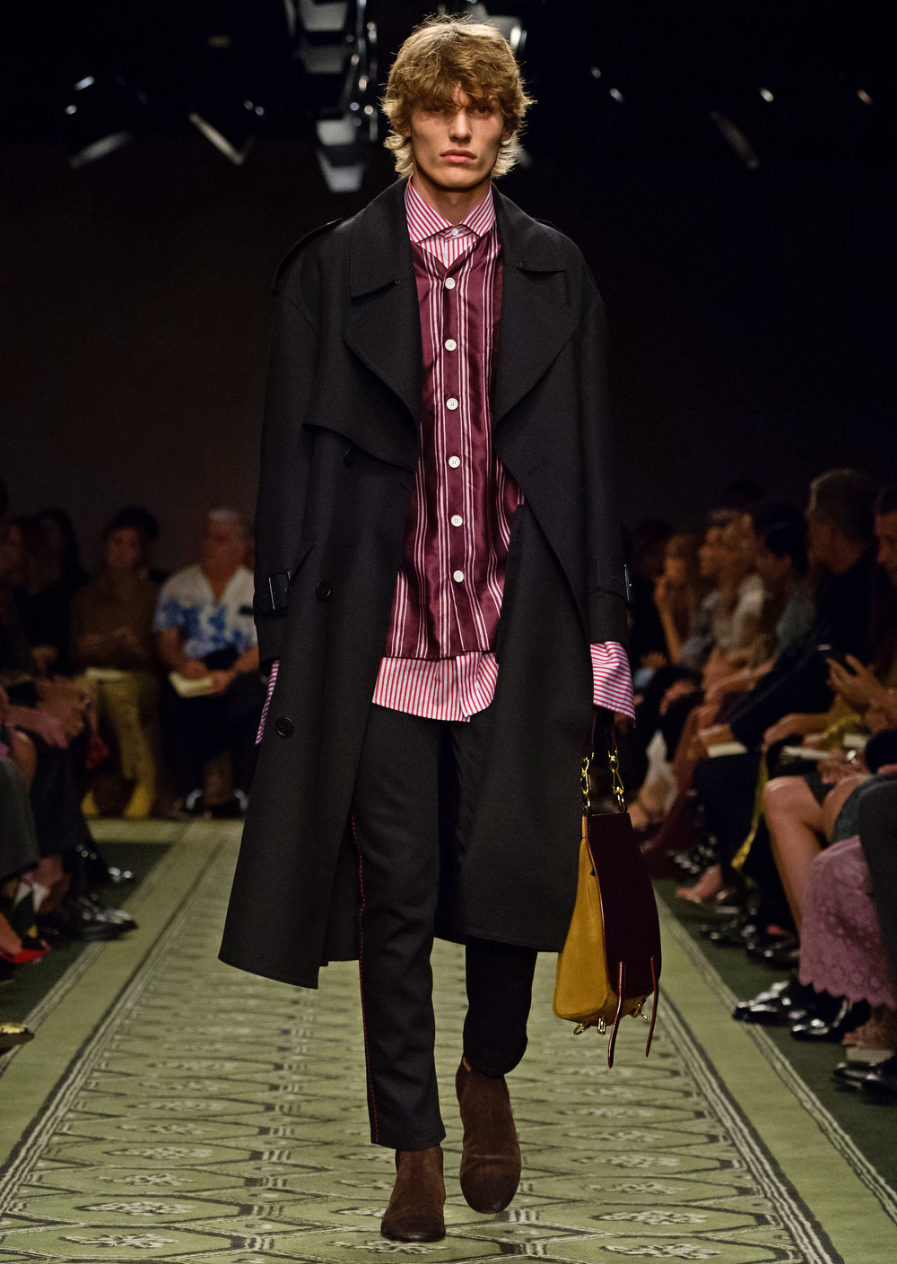 Burberry September 2016 Collection - Look 72.jpg