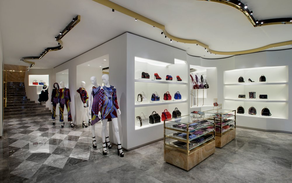 VERSACE_NEW BOUTIQUE OPENING_HK_CENTRAL_INTERIOR 02.jpg