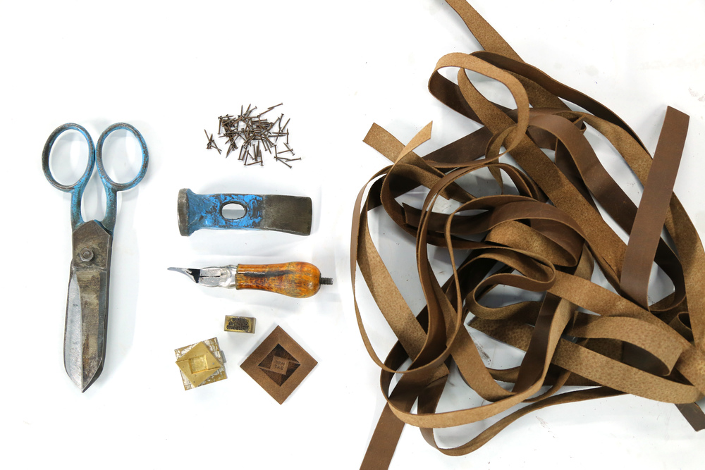 Leather craftsmaking essentials