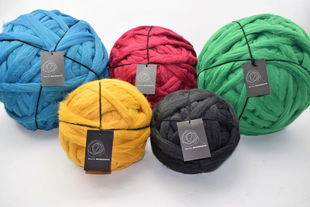 mammoyh giant yarn yarn extreme  knitting.JPG