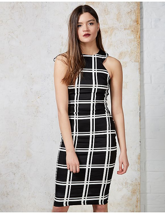 AX Paris Susie Grid Midi Dress         182465.2854921       £6.00