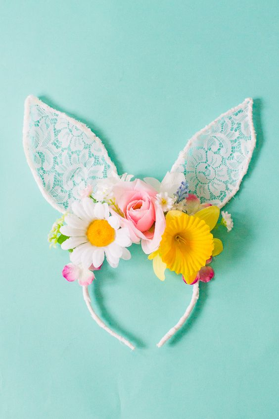 1. How gorgeous is this? Learn how to make your own floral lace bunny ears for Easter! These would also make the perfect accessory for your flowers girls or bridesmaids for a spring wedding! | BESPOKE BRIDE