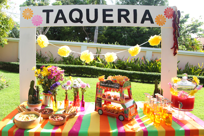 How can you not love this colourful Mexican-themed party? Cheers!