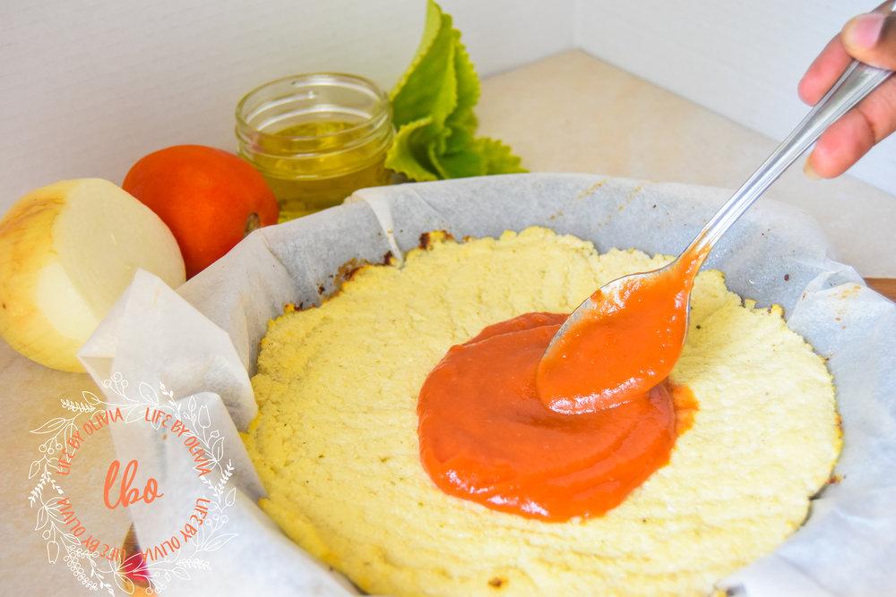 Cauliflower Crust Pizza 5.jpg