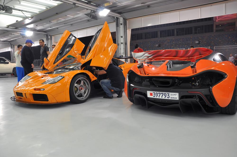 Setting up McLaren f1 gtr.jpg