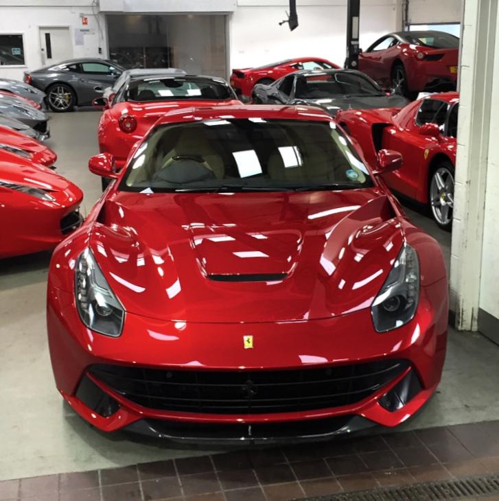 Rosso Berlinetta F12