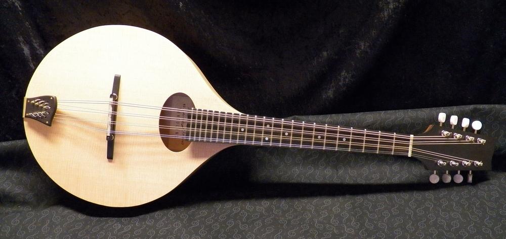 EMD mandola 027.JPG
